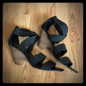 Steve Madden Camelya Black Wedge Sandals